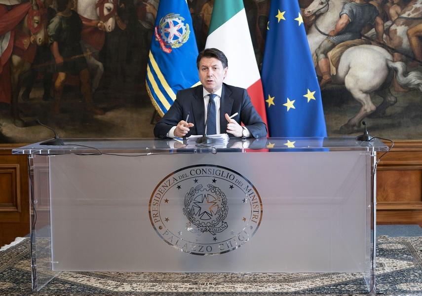 Elezioni Puglia, doppia preferenza: via l'ipotesi del rinvio del voto