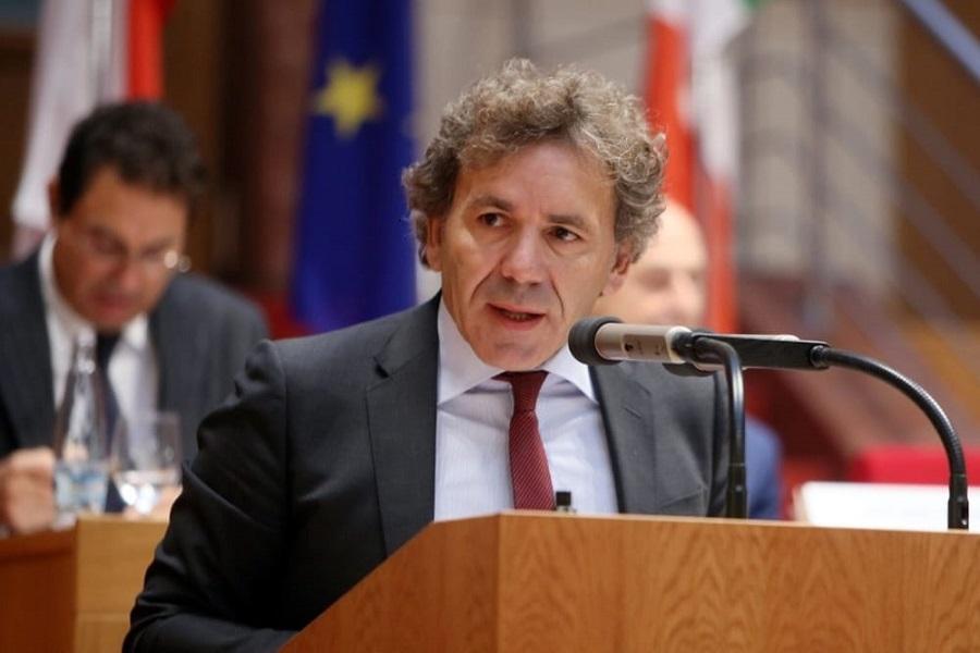 Tentata corruzione, arrestato il presidente di Ance Puglia