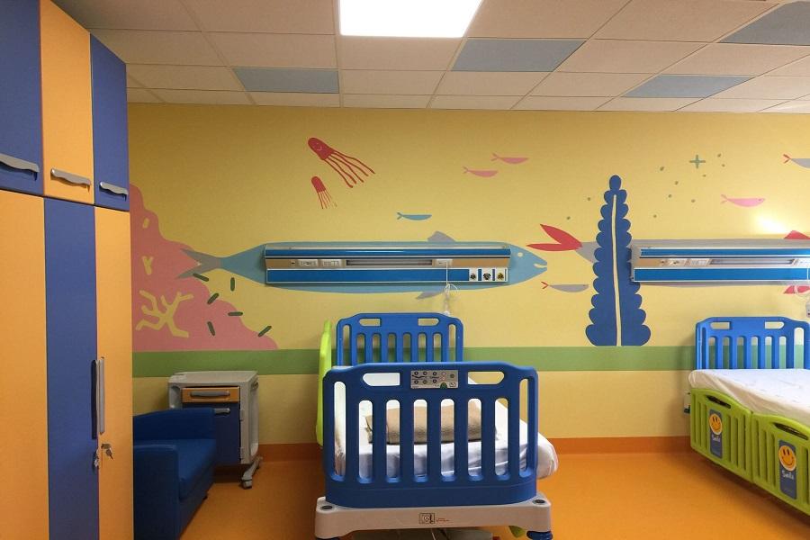 Tumori dell'infanzia, il Comune dona un melograno all'Ospedale