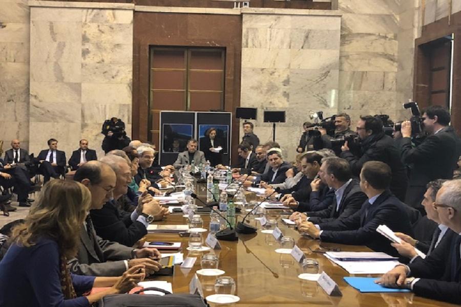 """Melucci su tavolo Ilva: """"Soddisfatto del lavoro del ministro"""""""
