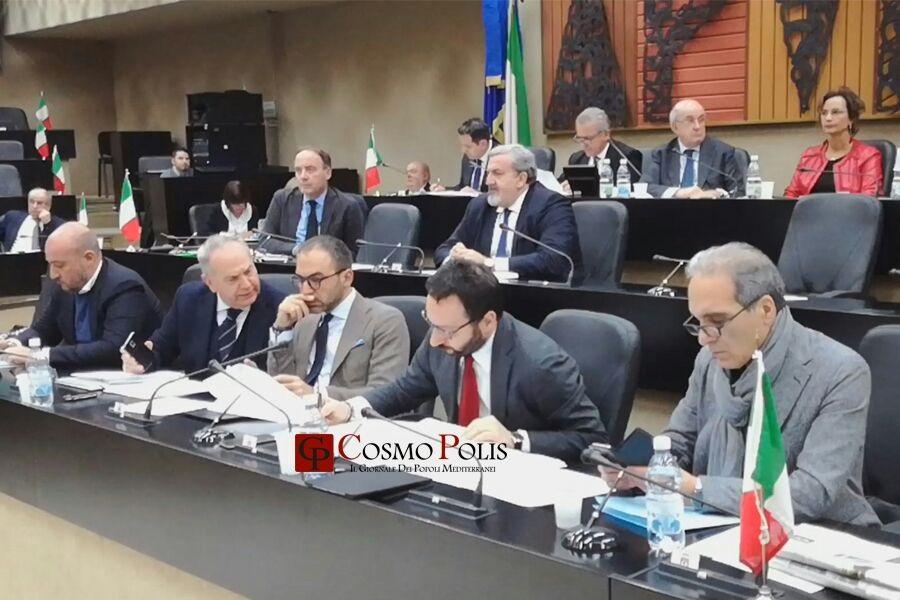 Ilva in Consiglio Regionale. Rinviata la votazione