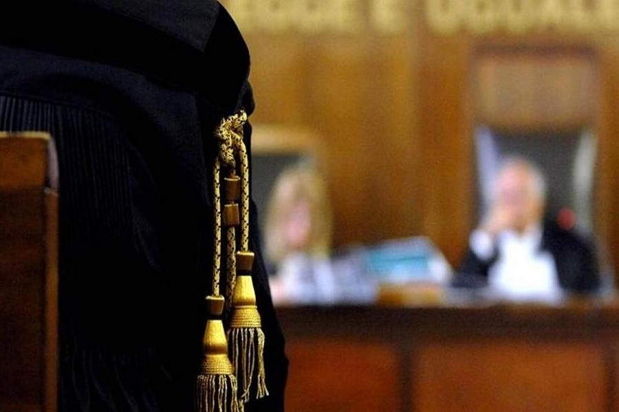 Molestò studentessa? L'imputato è ricoverato e l'udienza slitta