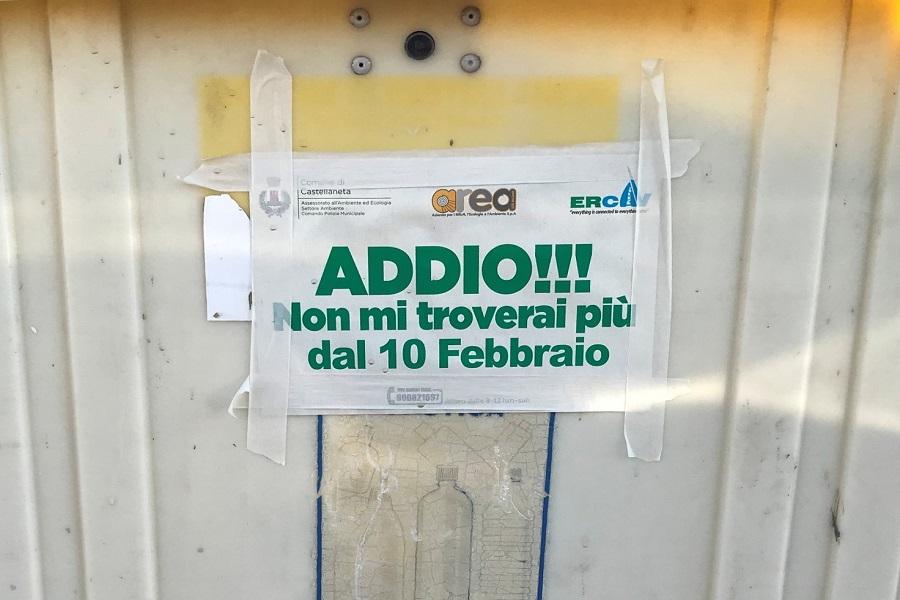 CASTELLANETA, ADDIO CASSONETTI