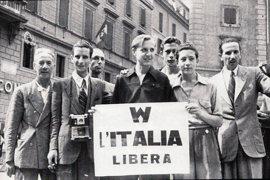 Fascisti mascherati da antifascisti