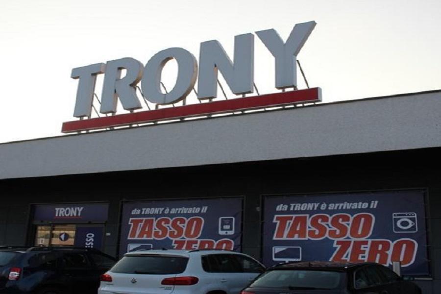 Trony chiude i punti vendita: da lavoratori di Taranto solidarietà