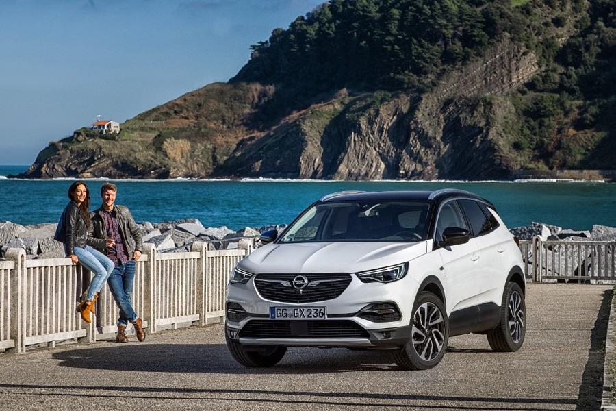 Un nuovo diesel più potente per il Grandland X della Opel