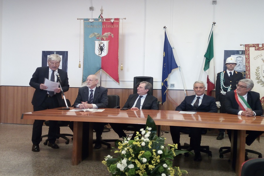 """""""Piero Lacaita: è l'editore ideale"""""""