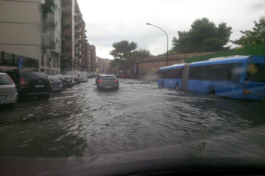 Puglia allerta meteo: temporali e rischio idrogeologico