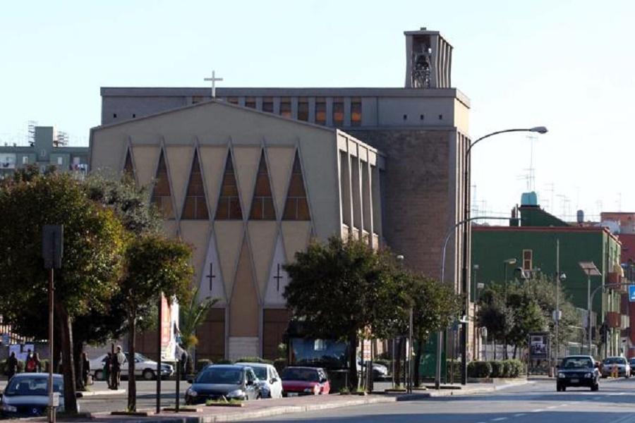 Decoro verde urbano: a Taranto proseguono operazioni di potatura