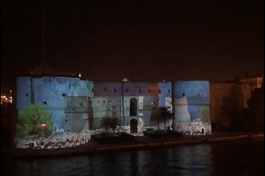 A Natale una nuova immagine del castello Aragonese