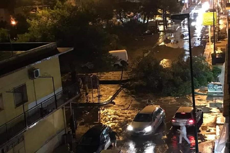 Taranto: raffiche di vento e danni nella provincia
