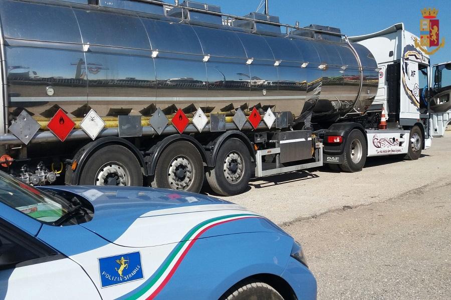 """Autista fantasma"": sanzionati tre camionisti"