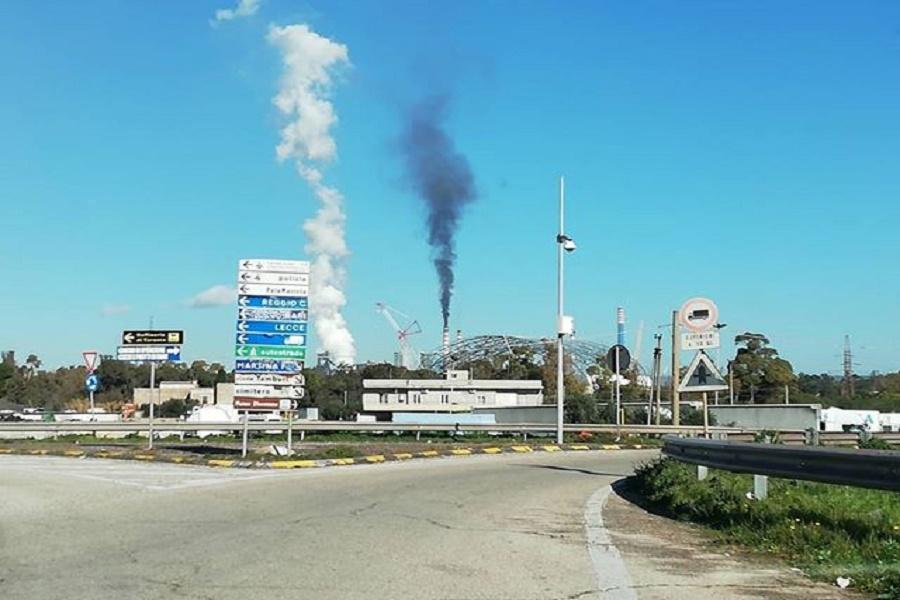 """Genitori Tarantini scrivono a Conte: """"Stop inquinamento"""""""