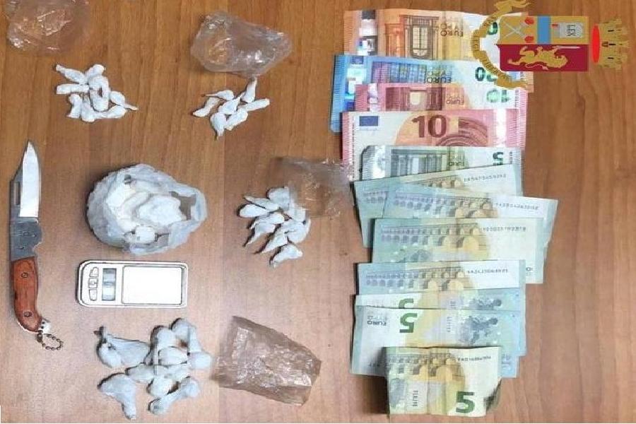 Cocaina. Un arresto e una denuncia