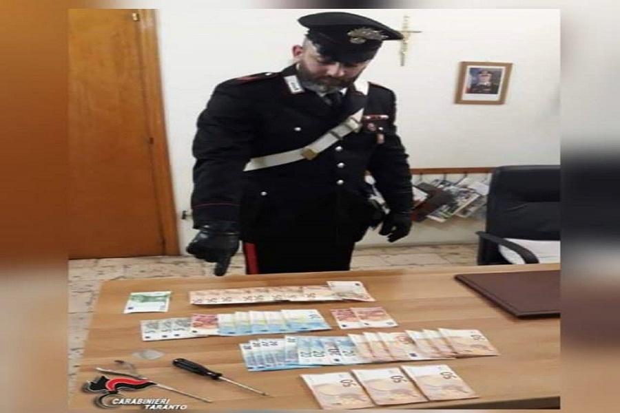 Rubano in un'abitazione: arrestati quattro rumeni