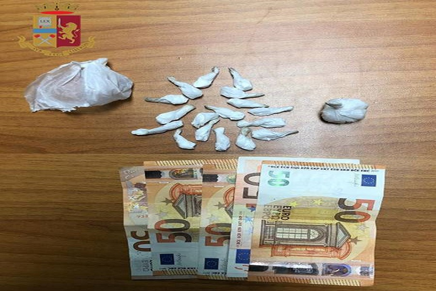 Spaccio di cocaina: arrestato pusher