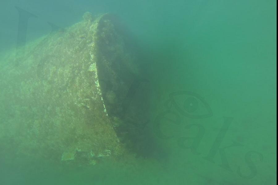 Cinque cisterne sul fondale del Mar Piccolo: sito davvero bonificato?