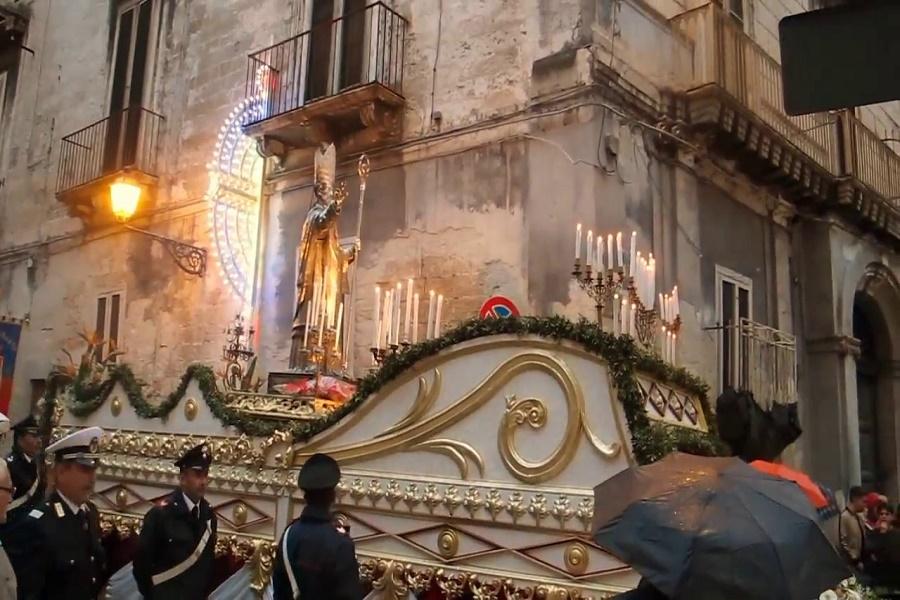 Processione San Cataldo: in mare a bordo della Clodia