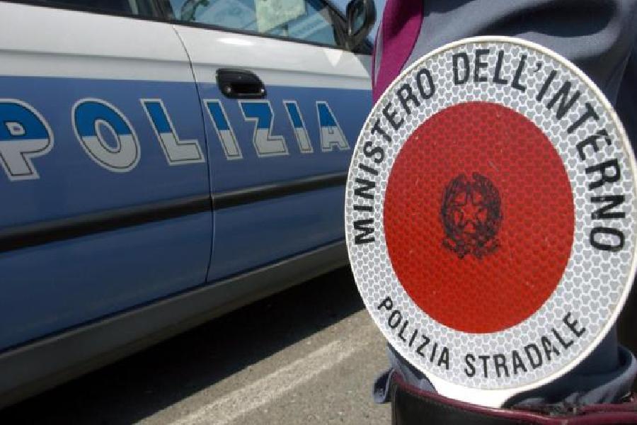 Sorpresi a rubare in una scuola e in un cantiere edile: due denunce