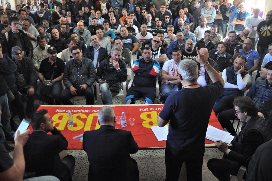 Graduatorie AM, Usb Taranto con i lavoratori