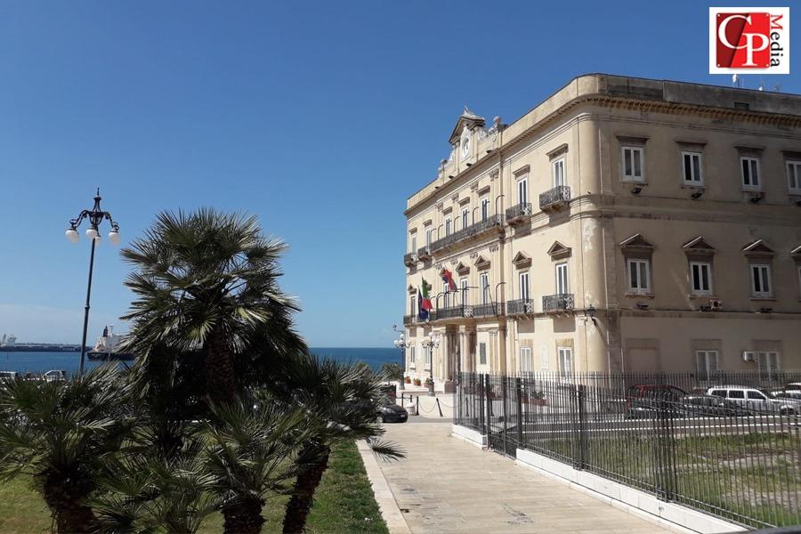 Taranto, ecco linee guida per richiesta e consegna dei buoni spesa