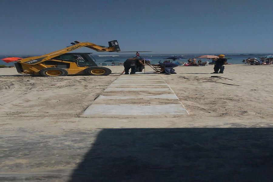 Taranto: installate pedane per l'accesso al mare