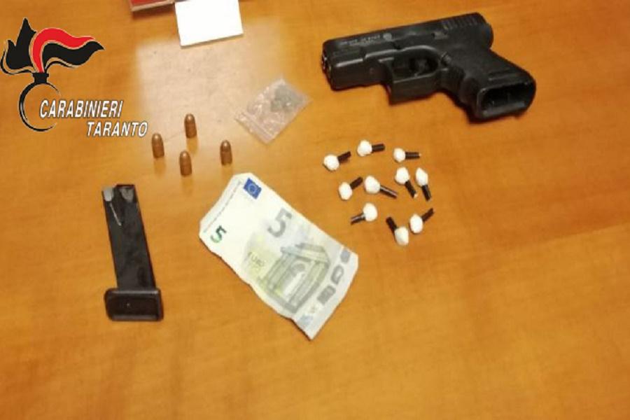 Spaccio e arma clandestina: nei guai due incensurati
