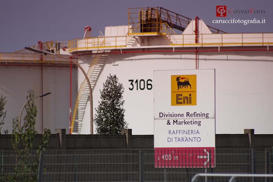 Taranto, odore gas: Eni declina responsabilità