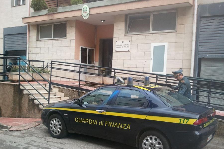 Sequestro di beni per oltre 700mila euro