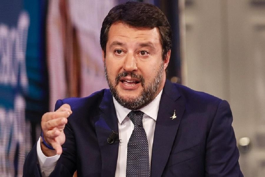 """Ex Ilva, Salvini: """"Un governo di pericolosi incapaci"""""""