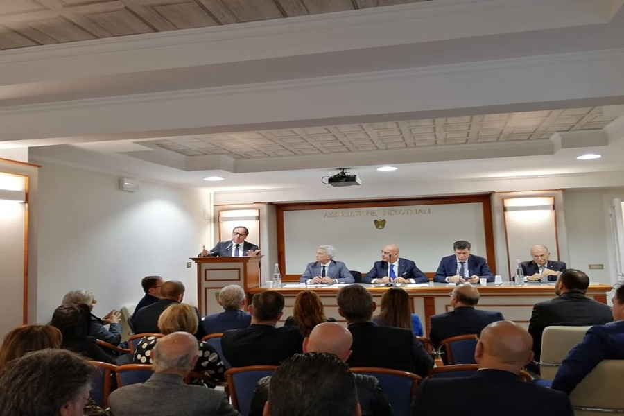 Vertenza ArcelorMittal, Confindustria Taranto incontra i sindaci