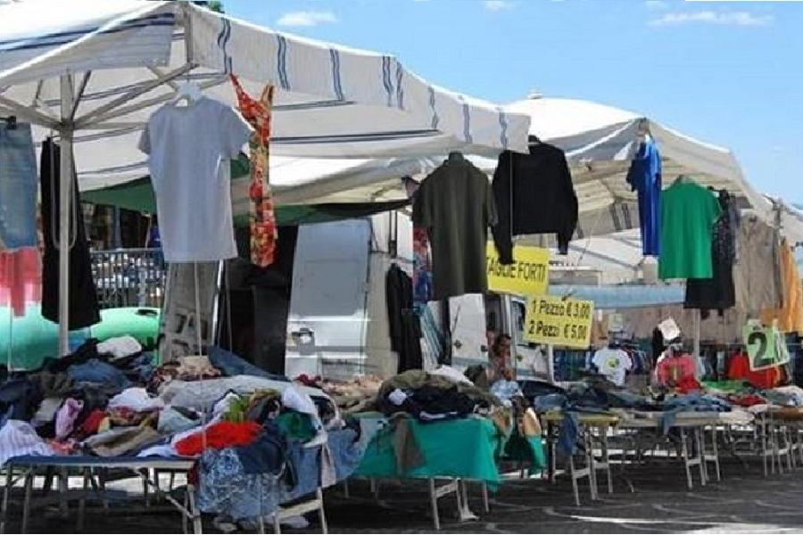 A Taranto in ginocchio il commercio e l'artigianato ambulante