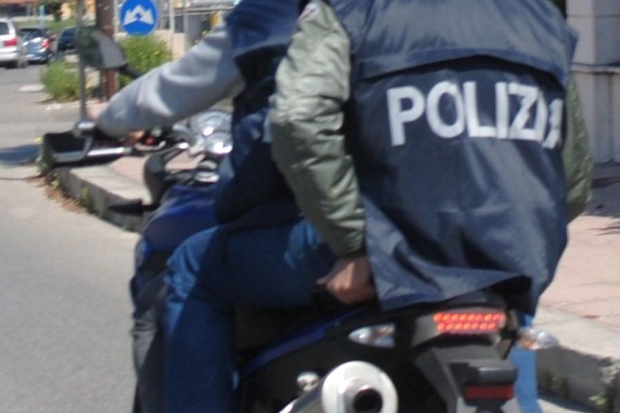 Spaccio di cocaina e eroina al minuto: arrestato giovanissimo pusher