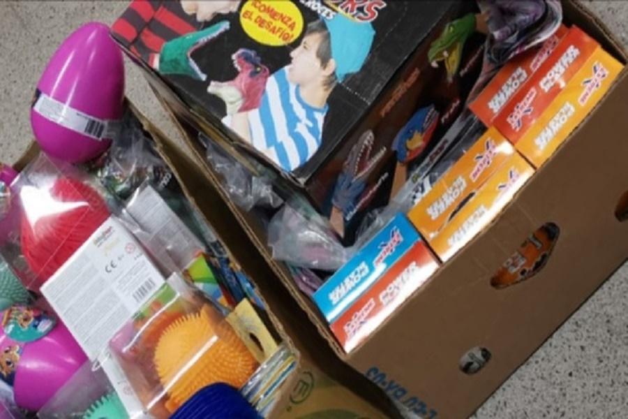 Taranto, giocattoli contraffatti venduti davanti alla scuola