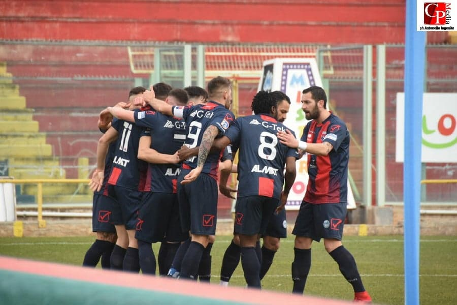 Taranto vittorioso a Sorrento