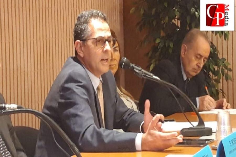 "Asl Taranto, Perrini: ""Oltre 300 dipendenti considerati di serie b per mancanza di fondi"""