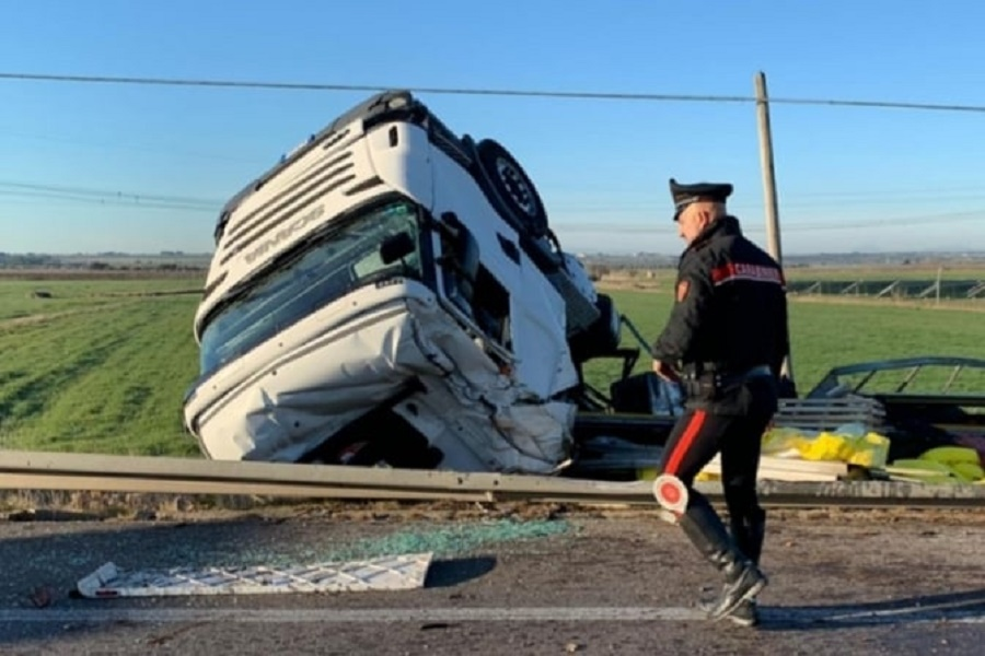 Taranto, grave incidente: tre morti