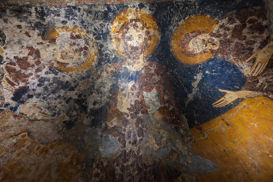Incanti e storie dal sottosuolo: un viaggio alla scoperta delle fonti antiche