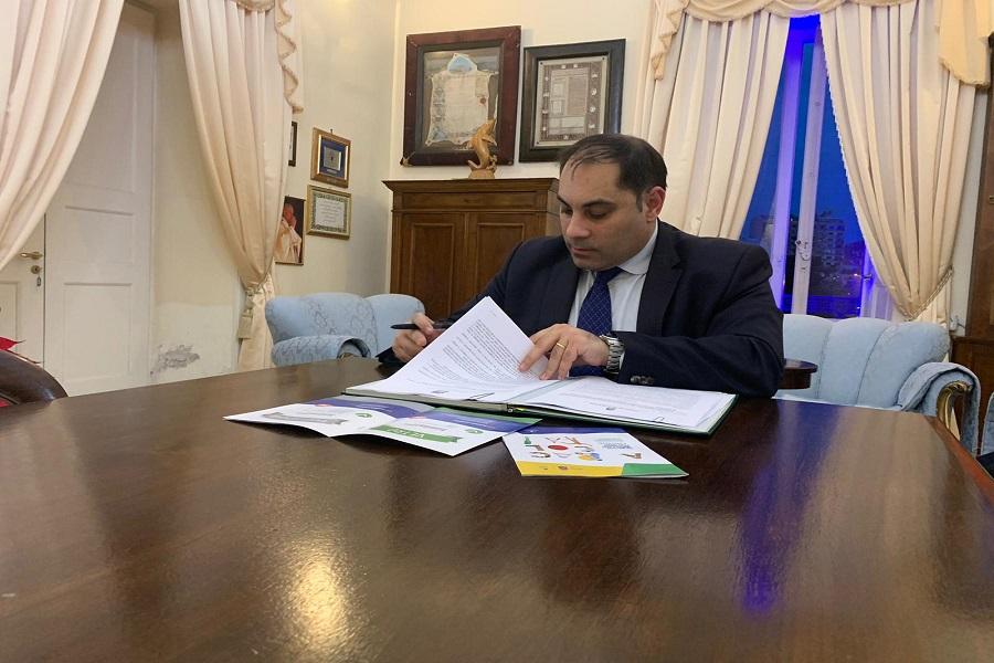 Covid Taranto: Melucci predispone una nuova ordinanza di chiusura