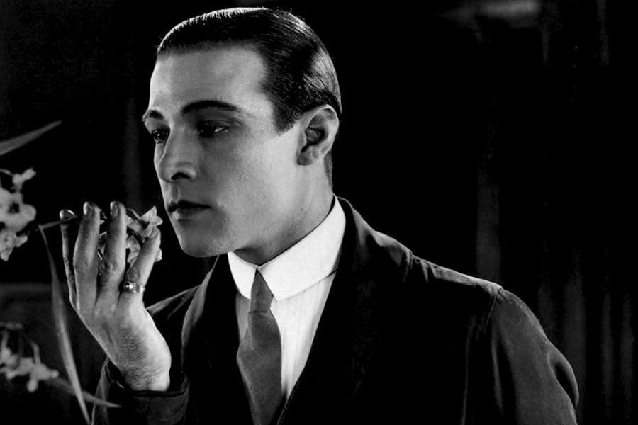 Rodolfo Valentino: 125 anni fa la nascita del mito