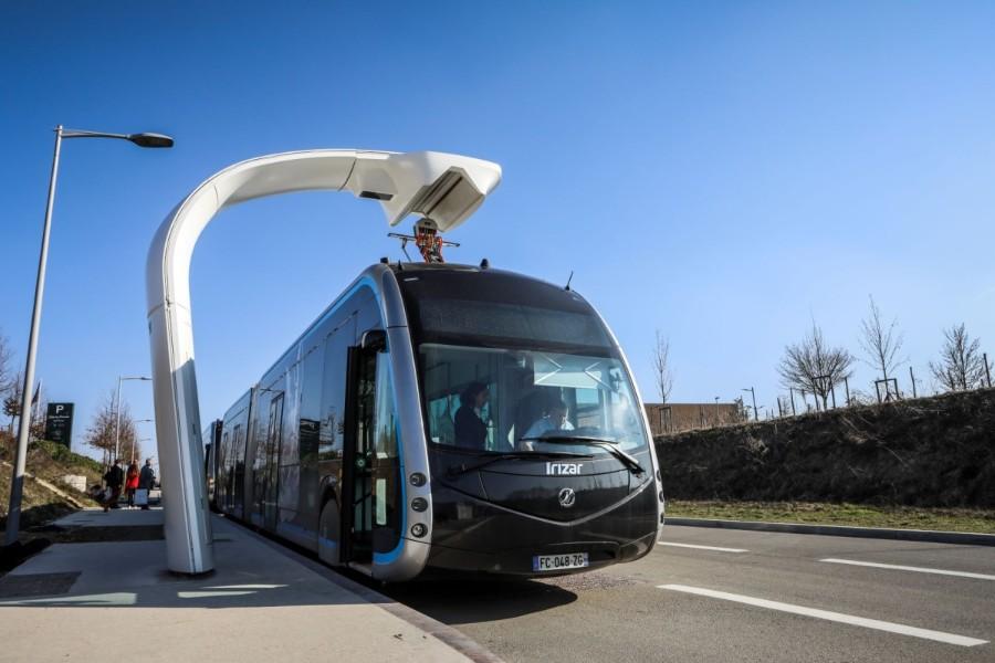 Bus elettrici a transito rapido, a breve bando per progettazione delle due linee