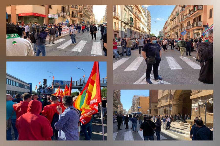 """Ex Ilva, sciopero lavoratori e sit in: """"Via Arcelor Mittal da Taranto"""""""