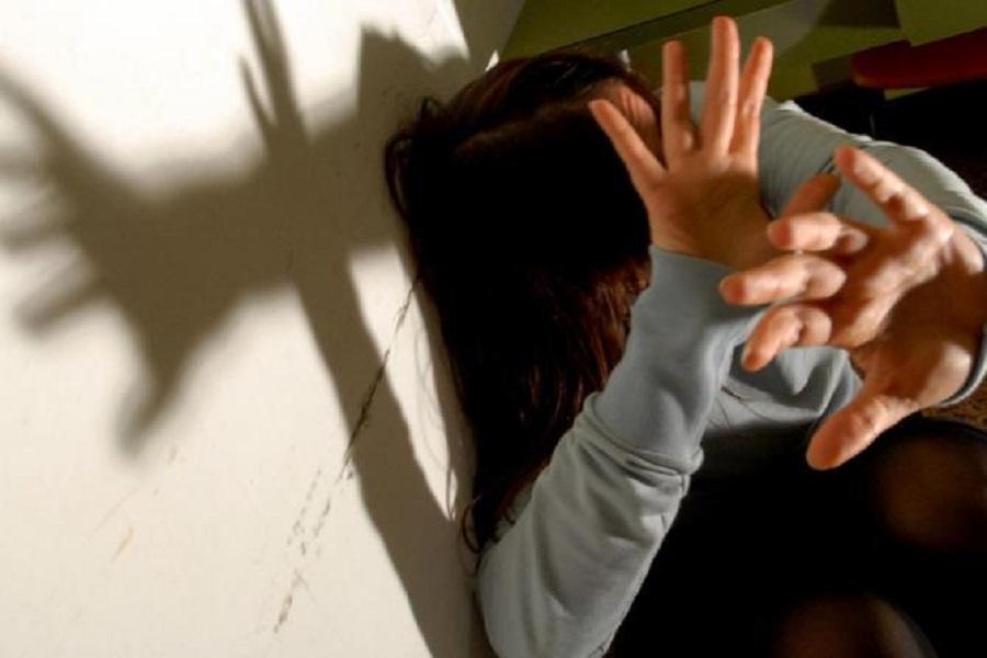 Martina Franca (TA), stalking e maltrattamenti: nei guai madre e figlio