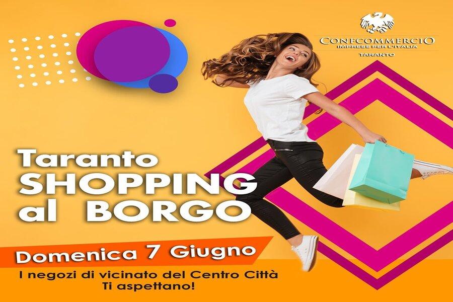Taranto, shopping al borgo: domenica 7 negozi del centro città aperti