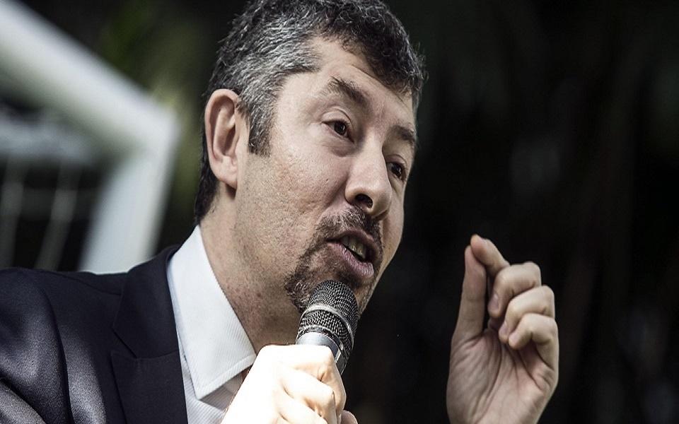 Scalfarotto critica la gestione Emiliano