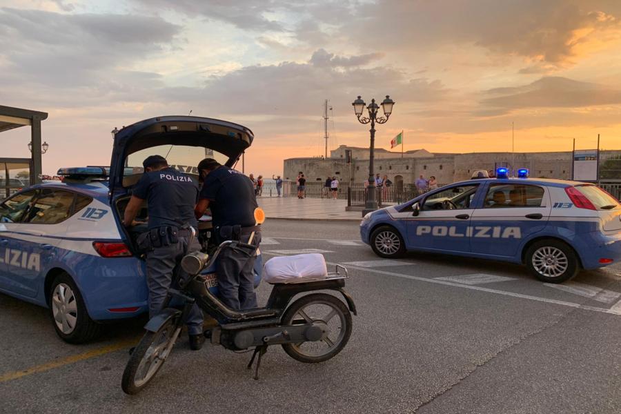 """Taranto, """"Comunità Sicure"""": la Polizia di Stato vicina ai cittadini"""