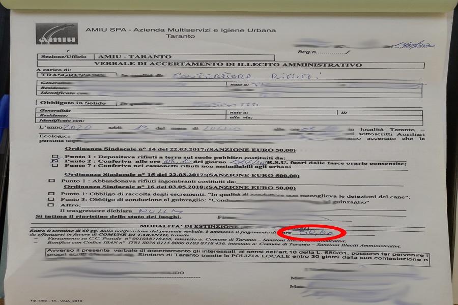 """Taranto: """"Butti la spazzatura fuori orario? Scattano le multe"""""""