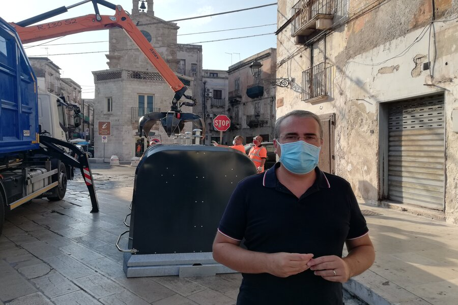 Taranto, raccolta differenziata: riposizionamento della mini isola ecologica in piazza Fontana