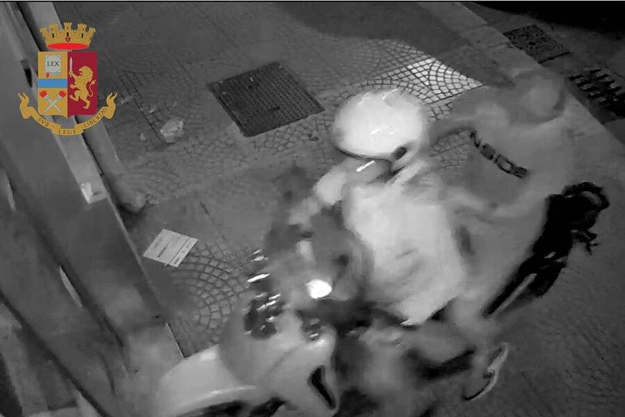 Taranto, furti con spaccata: arresto della Polizia di Stato