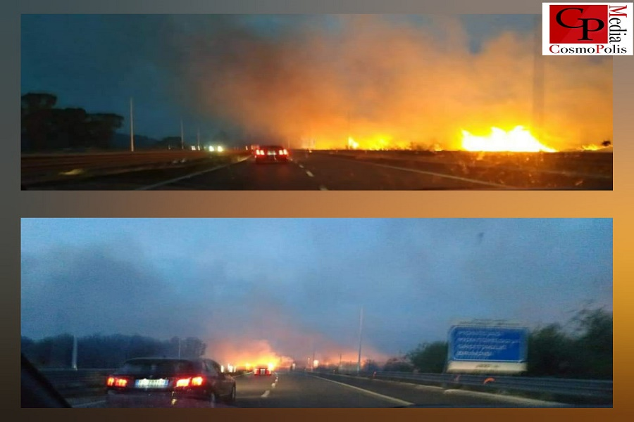 Taranto, incendio lungo il ponte Punna Penna